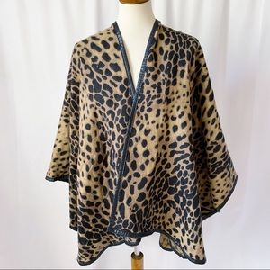 Fraas Animal Leopard Cheeta Print Poncho Wrap